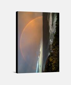 Arco iris en el horizonte