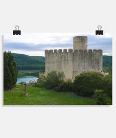 château avec tombe