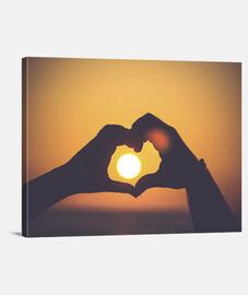 Corazón con manos