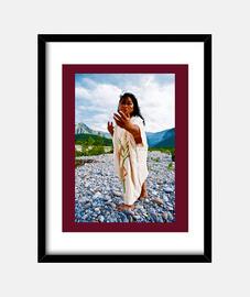 madre, telaio con cornice nera verticale, mcharrell originale.