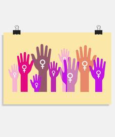Manos de mujeres unidas