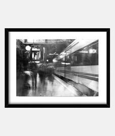 Metro en movimiento ( fotografía )