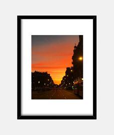 Sunset Barcelona - Cuadro con marco negro vertical 3:4 (15 x 20 cm)
