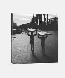Surf Boys Barcelona - Lienzo Cuadrado 1:1 - (40 x 40 cm)