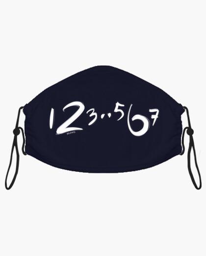 123 567 minimalist dance count mask