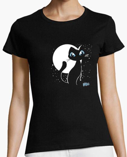 15 woman meow t-shirt