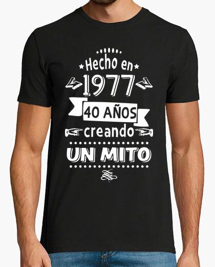 Camiseta 40 años creando un mito. 1977
