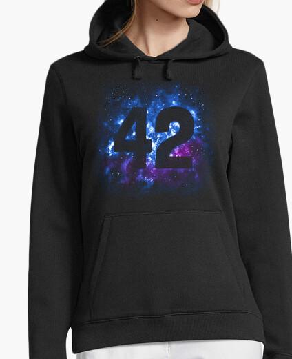 Sudadera 42 en el espacio