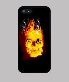tête de mort  brûlant
