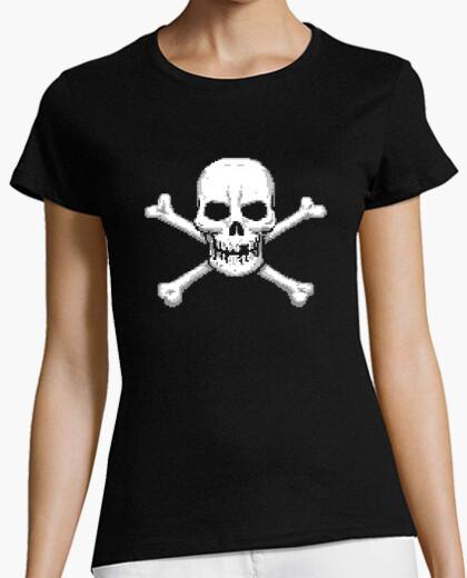 Tee-shirt  tête de mort  et os croisés