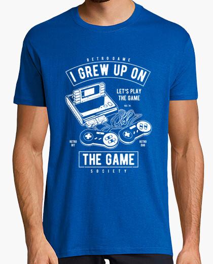 Tee-shirt a grandi sur le jeu