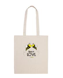 abeille amoureux