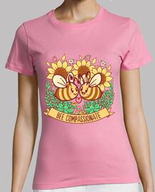 abeja compasiva - camisa de mujer