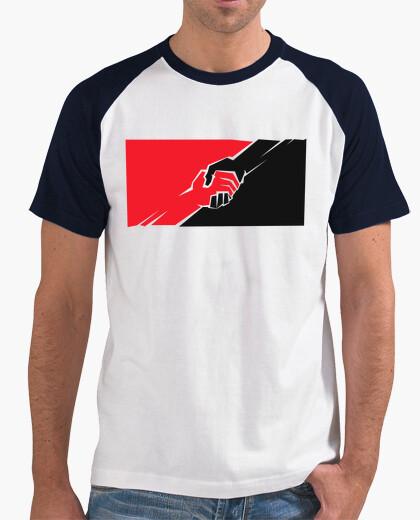 Camiseta Anarquistas y Comunistas Hermanos