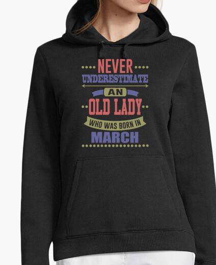 Jersey anciana que nació en marzo