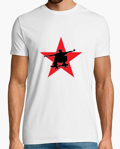 Camiseta andar en monopatín