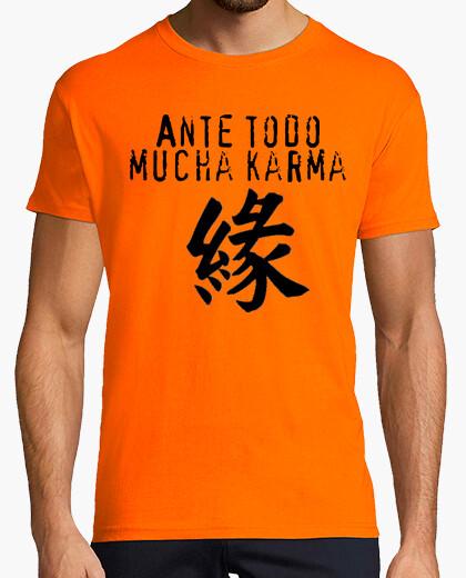 Camiseta Ante todo mucha karma