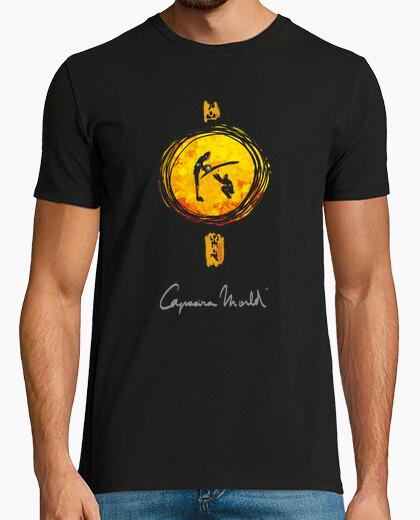 Ao pe do berimbau capoeira world t-shirt