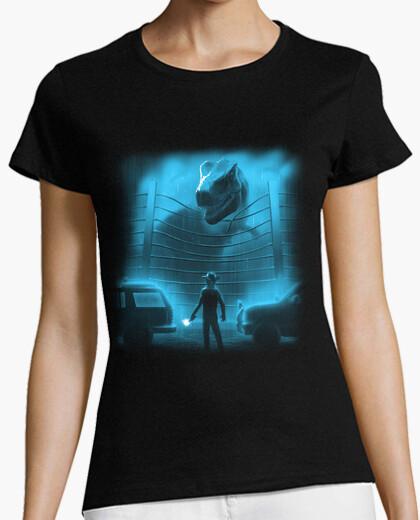 Camiseta ataque a los dinosaurios