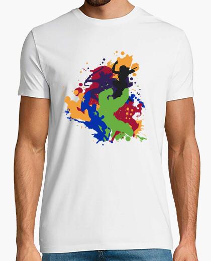 T-shirt attack colorato