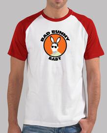 Bad Bunny / Hombre, estilo béisbol, blanca y roja