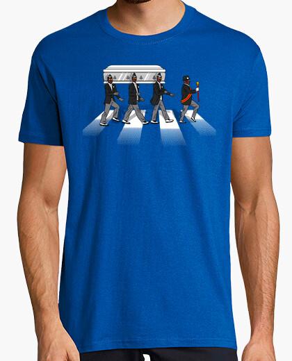 Camiseta Baile del ataud