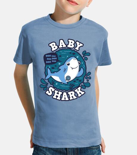bebè shark uomo ictus