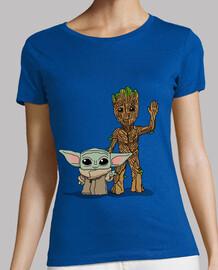 Bebé Yoda Groot, Mujer