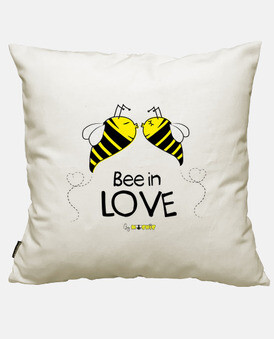 bee in amore