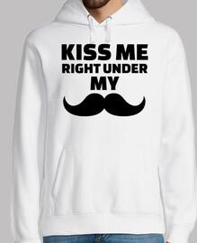 besame justo debajo de mi bigote