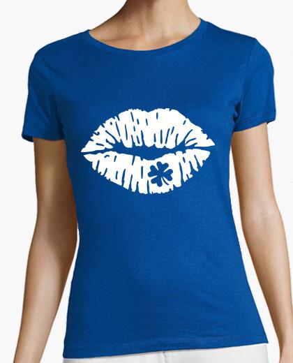 Camiseta beso labios trébol