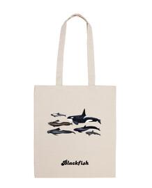 blackfish: orcas and pilot whales shoulder strap