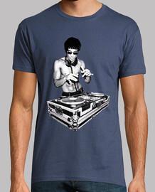 Bruce Lee, DJ.