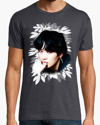 c3ae732eefe50 Camiseta BTS Suga Fake Love - nº 1960054 - Camisetas latostadora