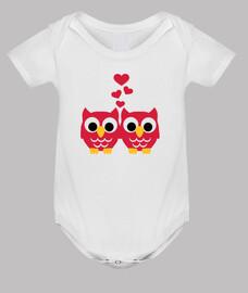 búhos rojos corazones