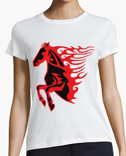 Camiseta Caballo Llamas Rojo y Negro