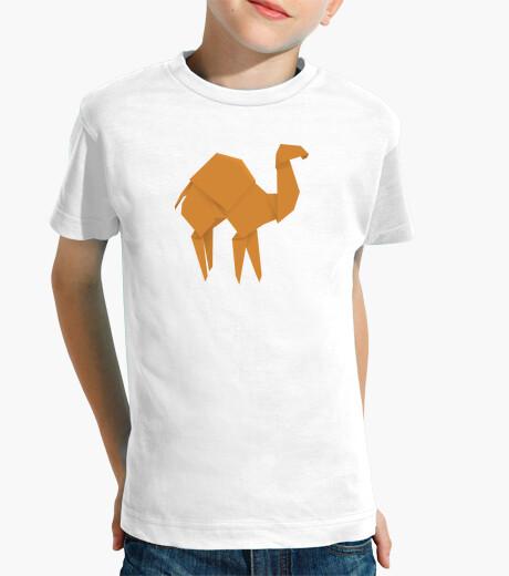 Ropa infantil Camello naranja. Aplícalo sobre diferentes colores de camiseta de niño