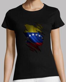 Camisa de venezuela rasgada