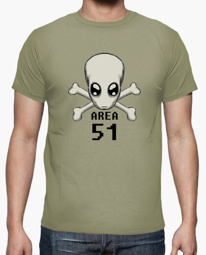 Camiseta calavera alien area 51 pirata