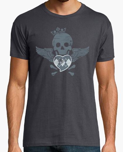 Camiseta Calavera corazón y alas  Terror humor