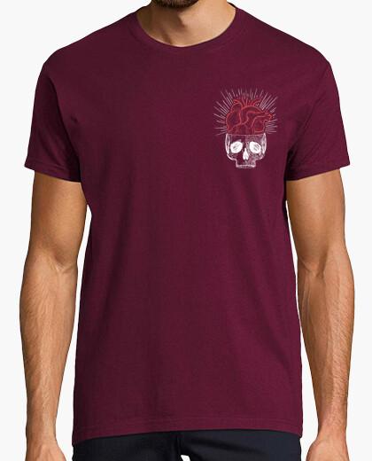 Camiseta chico corazón calavera granate