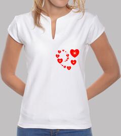 camiseta corazón rojo en forma de corazón partido matriz