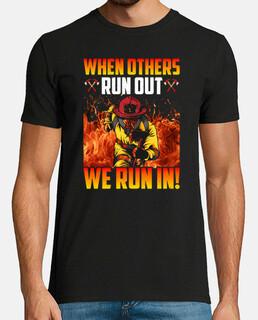 camiseta de bombero cuando otros regalan