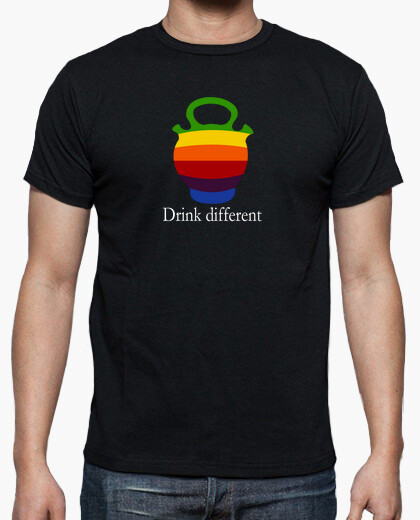 Camiseta Drink Different - Botijo