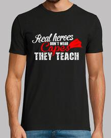 Camiseta Enseñanza Texto Blanco y Rojo