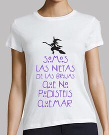 camiseta feminista brujas 2