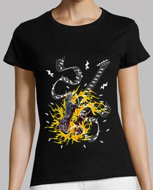 camiseta festival rock guitarra en fuego mujer