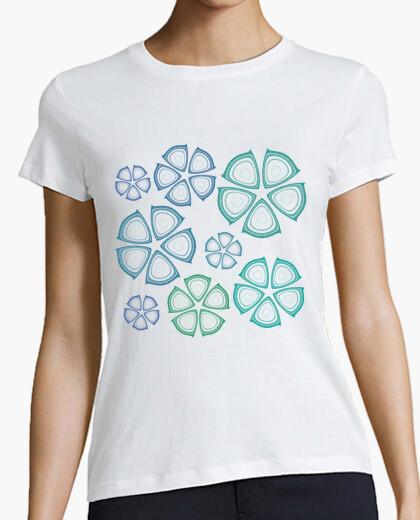 Camiseta flores azules