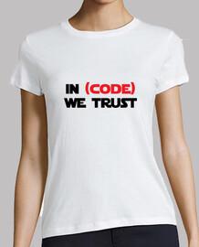 camiseta friki - en el código confiamos