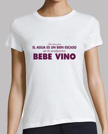 "Camiseta mujer ""Bebe Vino"" (fondos claros)"